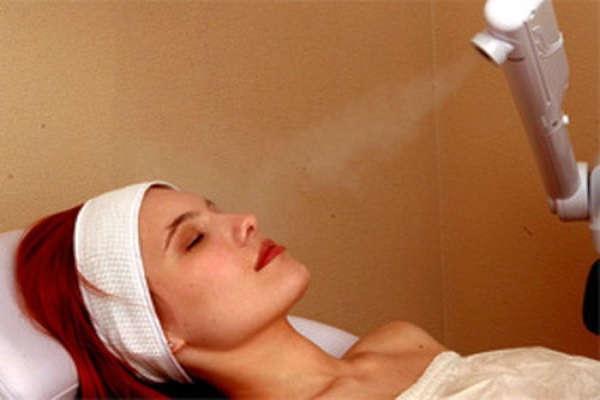 подкожные прыщи на лице как избавиться лечение в салоне