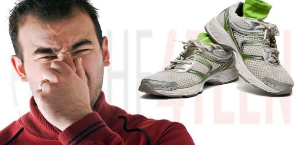 как избавиться от запаха ног мужчинам