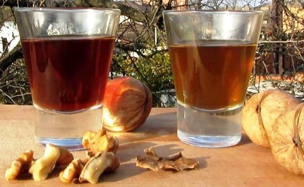 настойка на перегородках грецких орехов на спирту
