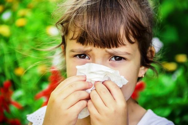 насморк у ребенка чем лечить