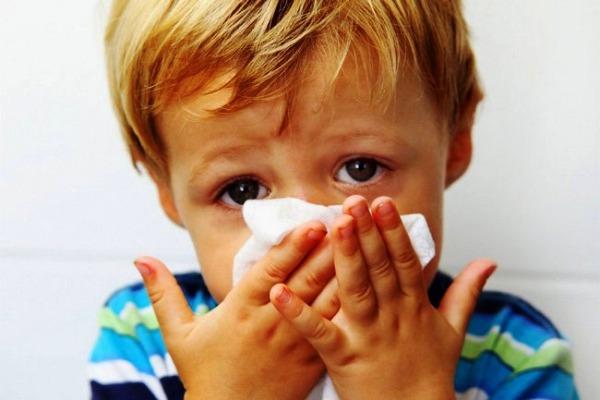 насморк нос у ребенка лекарство