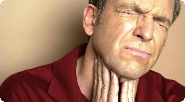 у мужчины болит горло причины