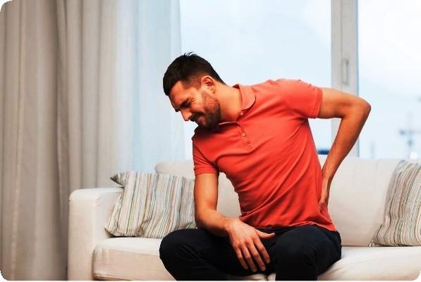 боли в спине у мужчины