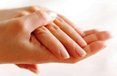 Сухая кожа рук: причины и методы лечения в домашних условиях